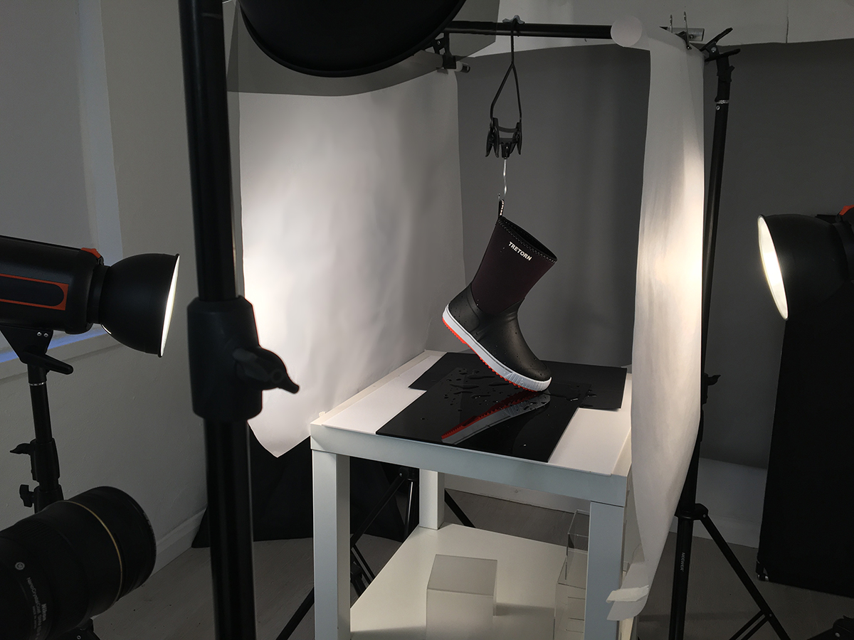 behind-the-scenes-product-photography-fashion-boots-london-studio